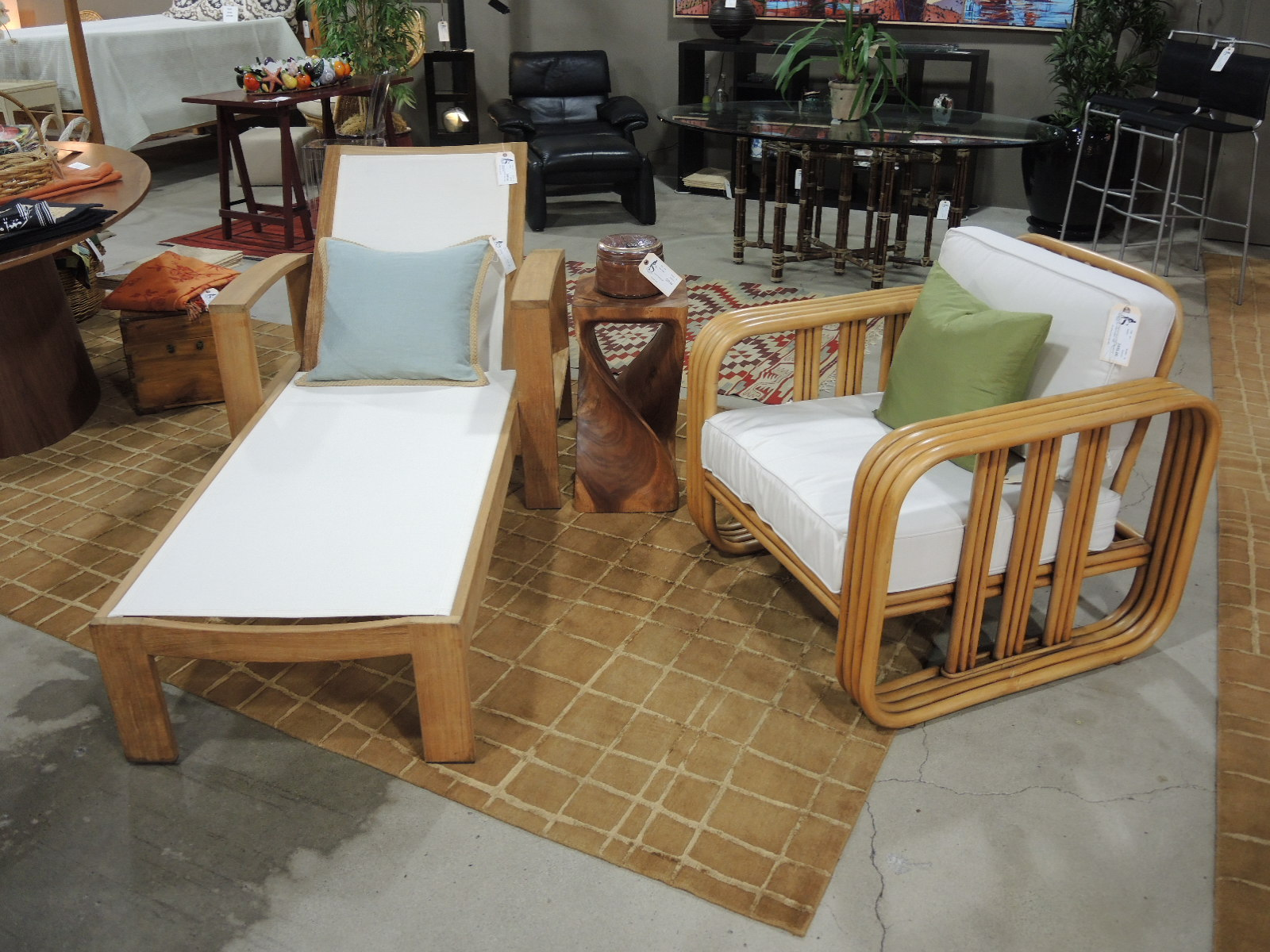 Seams To Fit Home Consignment Furniture Designer Showroom Autos Post